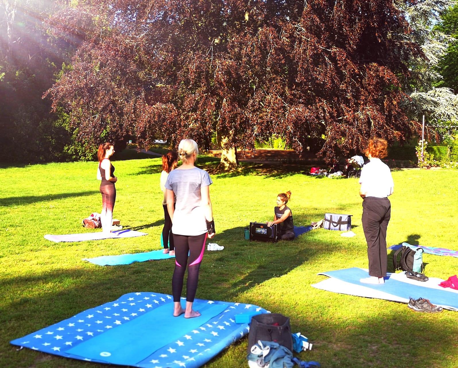 Outdoor Yoga Saarbruecken DFG